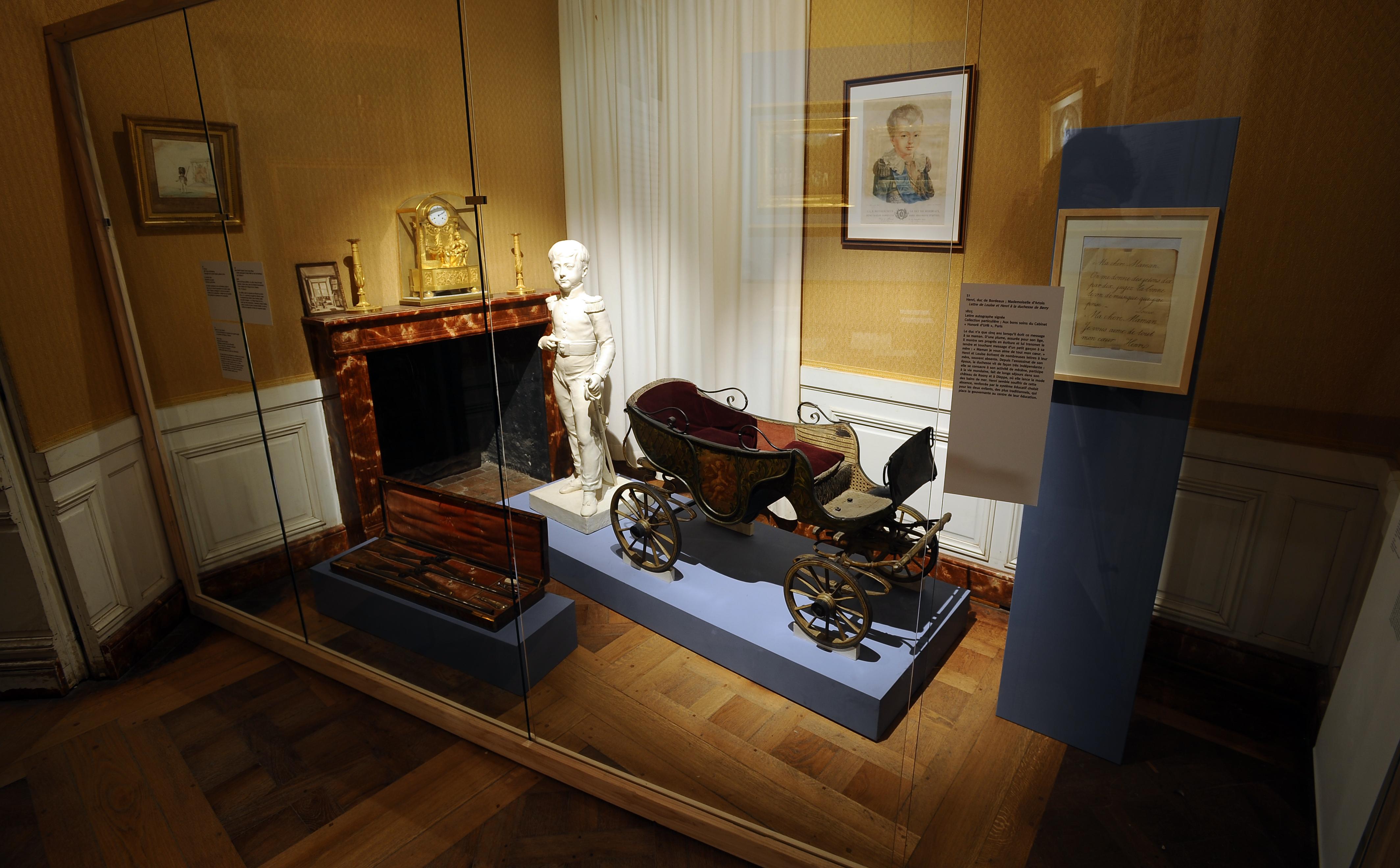 Les Lys de la République. Henri, comte de Chambord (1820-1883)